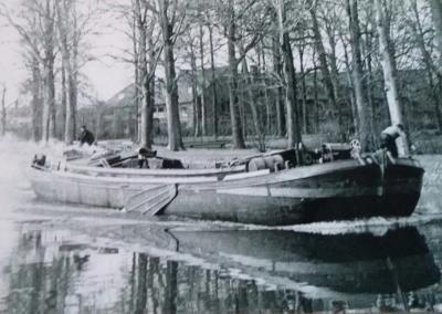 Escape Boat 1916